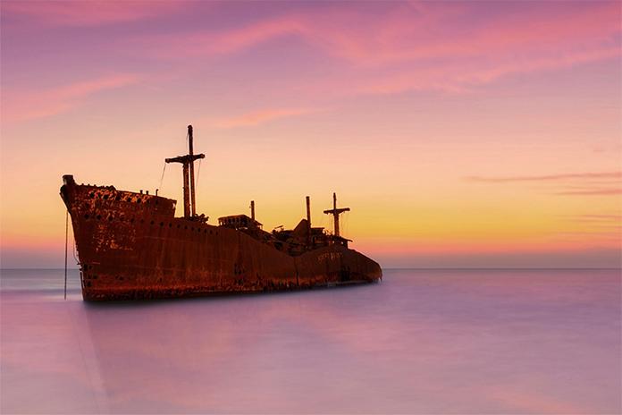 کشتی یونانی کیش - جاهای دیدنی کیش